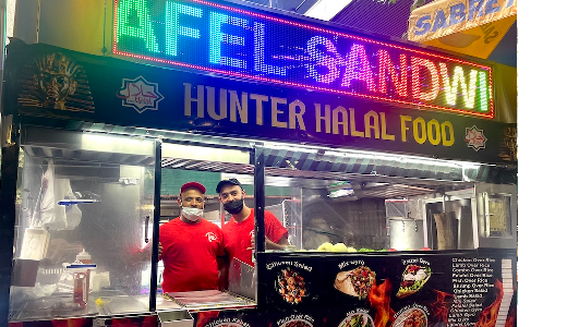 Hunter Community Welcomes Back Halal Cart Workers