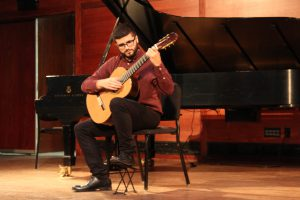 Hunter students perform in year's first recital