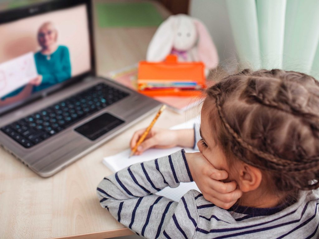 Hunter Students Help Younger Siblings Transition to Remote Learning